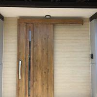玄関扉リフォームのサムネイル